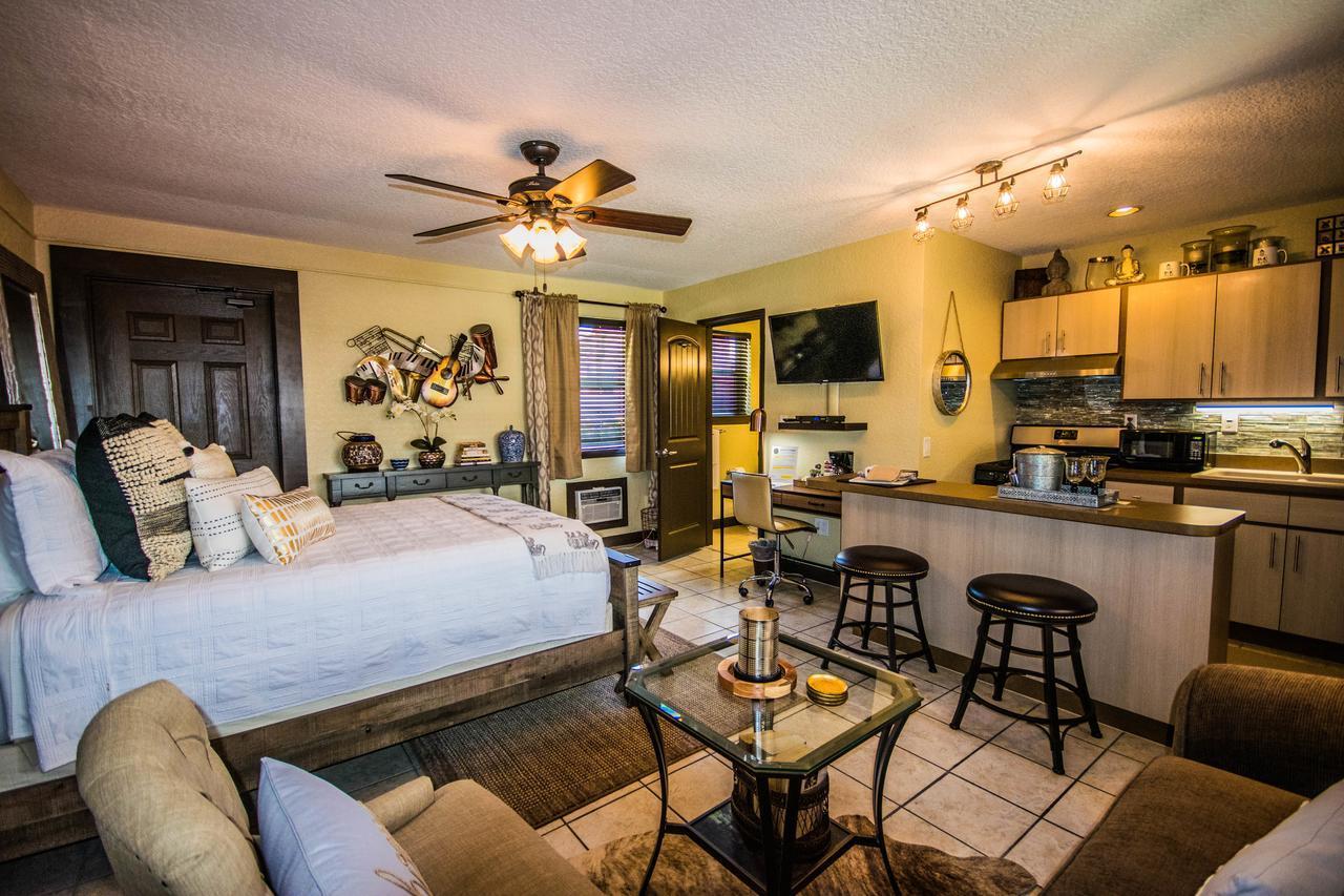 Balinese Cottages Daytona Beach, FL